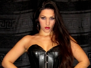 Cuckold Queen Dark Mistress